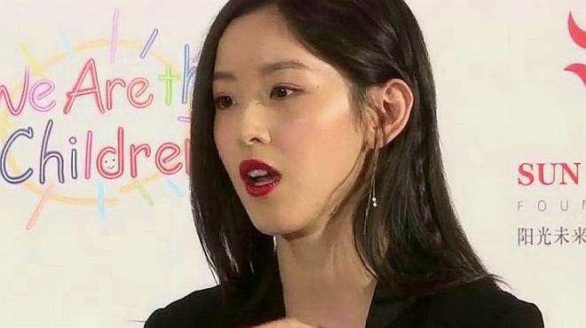 刘强东夫妇今晚宣布离婚?京东副总裁朋友圈内容曝光,网友:不信