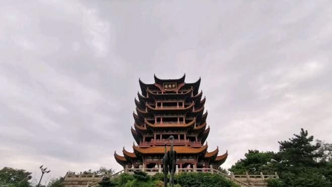 小伙来武汉生活13年第一次逛黄鹤楼,不用提前预约也可以进去